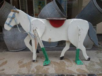 Børnekarruseldyr – Hest