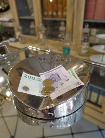 Skål til byttepenge - Moët & Chandon