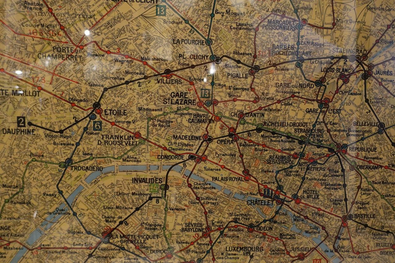 Framed Map of Paris - Fil De Fer on