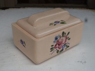 Ceramic Biscuit Pot & Lid